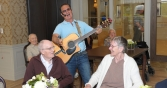 richview-manor-singing-and-dancing